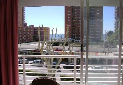 Apartamento en Avenida Mediterráneo, nº 19