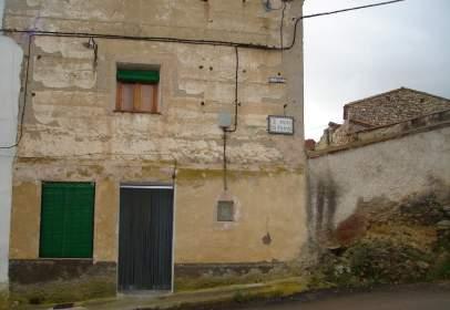 Casa rústica en calle La Fuente, nº 13