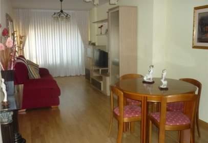 Apartamento en calle de Rafael calleja, nº 4