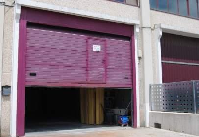 Nave industrial en Polígono Morero. Parking Cubierto de Furgonetas y Caravanas, Km. 1