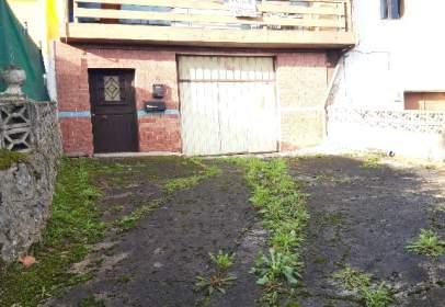 Casa adossada a calle Barrio Fuentelapiedra, nº 14