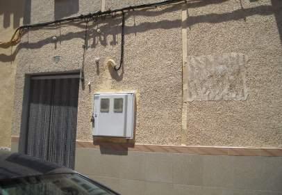 Casa adosada en Plaza Molina, nº 7