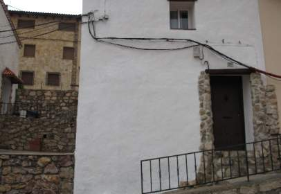 House in calle de Arriba, nº 11