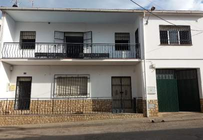 House in calle El Pilar, nº 3