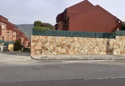 Chalet adosado en Urbanización Las Campanas, nº 13