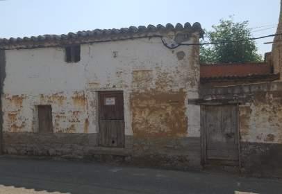 Casa adosada en Carretera del Toro, 14