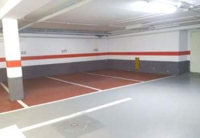 Garatge a calle de Graciliano Urbaneja, 5