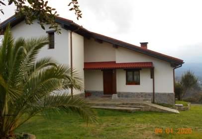 Casa unifamiliar a Avenida Cogolla, nº 96