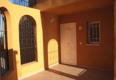 Casa adosada en Avenida de Alicante, 1