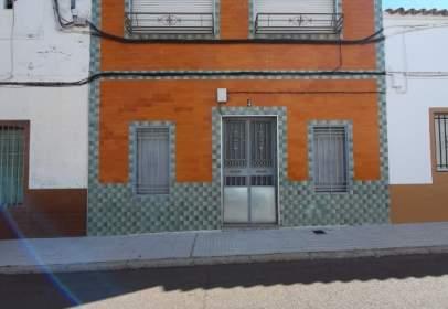 Terraced house in calle del Duque de Ahumada, 4