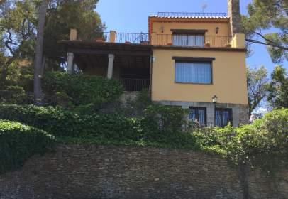 Casa unifamiliar en calle Antoni Gaudí, nº 7