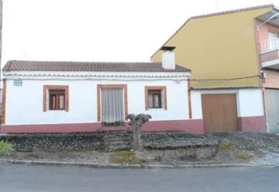 Rustic house in Plaza de la Iglesia, nº 13