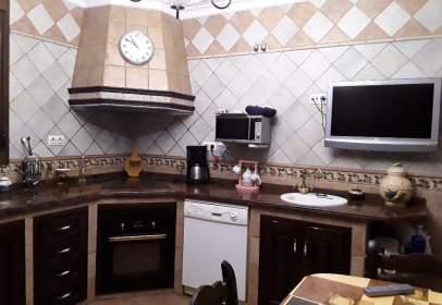 Single-family house in Avenida Bronca, nº 4