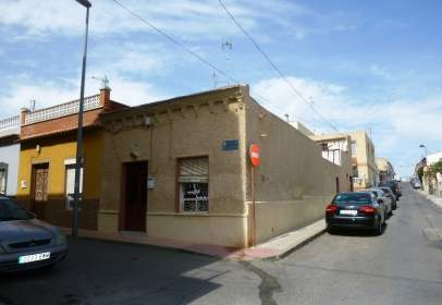 House in Barrio Peral