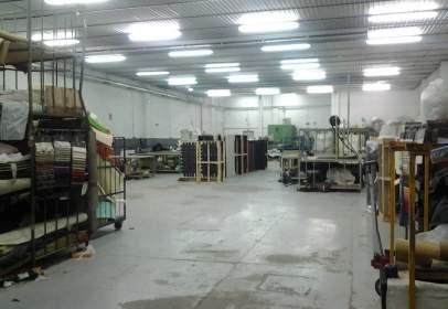 Nave industrial en Pol. Industrial Pla del Riu