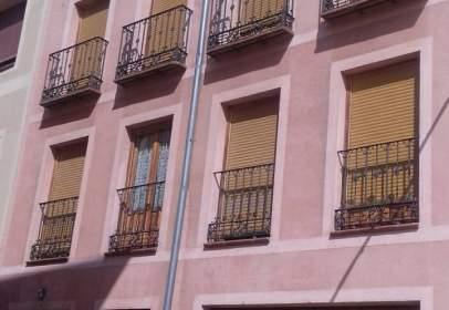 Dúplex a calle de Arturo Merino