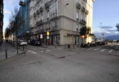 Local comercial en calle Paseo Pereda, nº 35