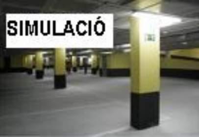 Garage in Centric