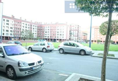 Flat in calle Jose Mª Asensio