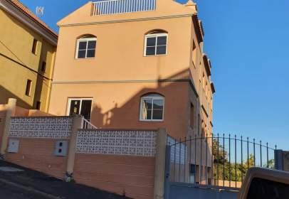 Casa unifamiliar en Camino del Pino-la Haza, cerca de Calle Pararela El Pino