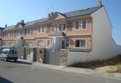 Casa en calle Federico García Lorca, 28