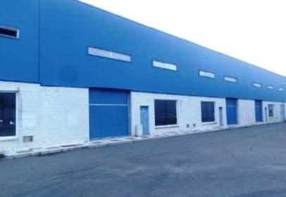 Nave industrial en  Maximiano,  3
