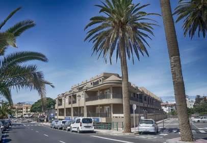 Piso en calle Playa,  2