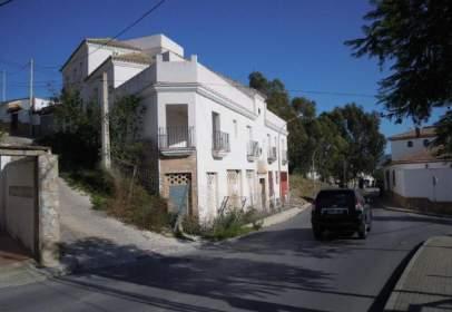 Piso en Avenida Fuente del Rio