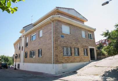 Garaje en Peñon y Peligros,  29-24