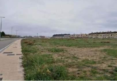 Land in calle Eliseo Saínz Ripa,  S/N