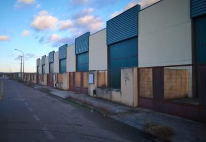 Nau industrial a La Azucarera,  11