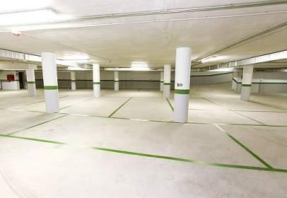 Garage in calle del Campo de Puente