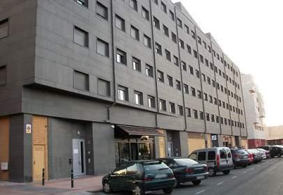 Local comercial a calle la Fanderia