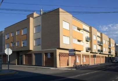 Commercial space in calle Levante / Blasco Ibáñez