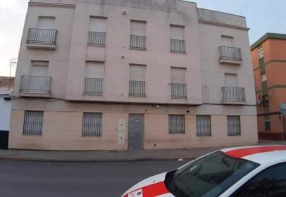 Piso en calle Real Utrera,  305