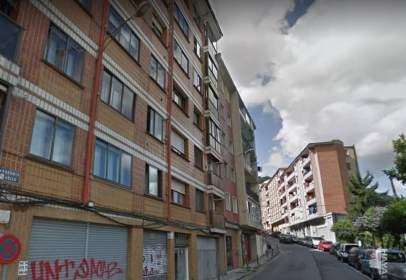 Garatge a calle de Baskonia, 8