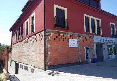 Local comercial a calle Carretera de Soria,  20