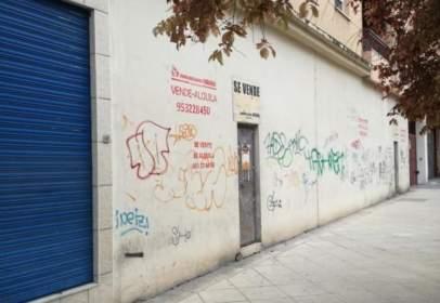 Local comercial en calle Miguel Castillejo